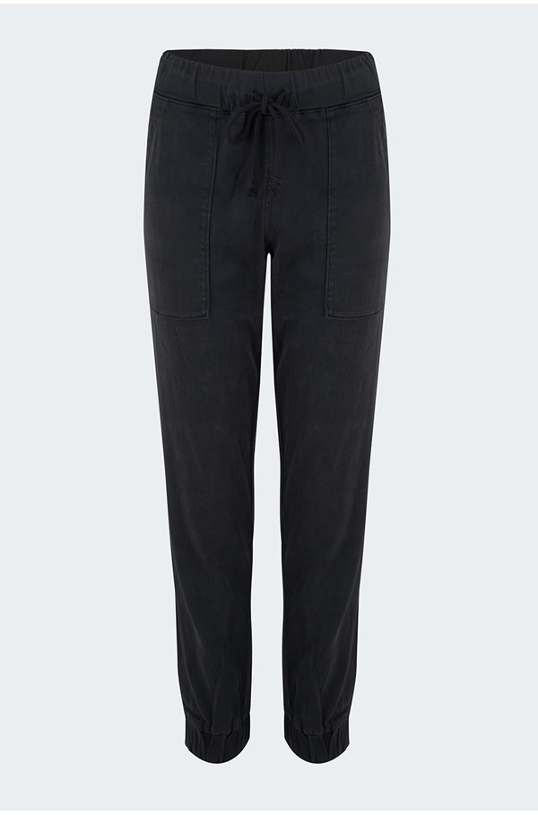 pocket jogger in black