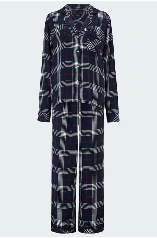 clara pyjama set in black jam