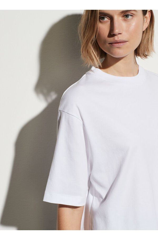 wide sleeve cropped tee in optic white