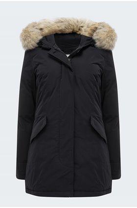 luxury arctic in black