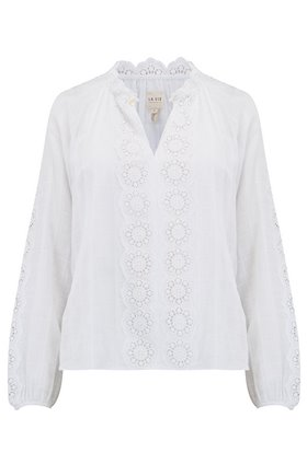 Cendrine Embroidered Top in Milk