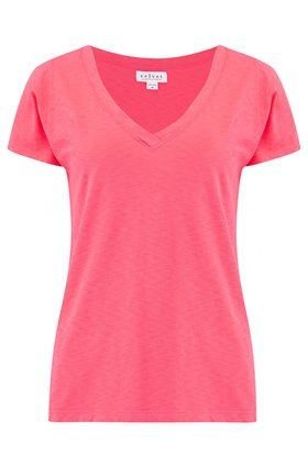 jill v neck tee in flirty