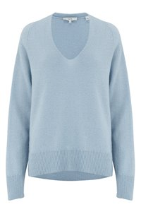 marled v-neck jumper in powder blue