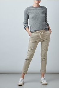 christy trouser in vintage warm sand