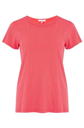 the tee in bright pink