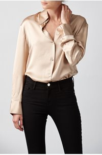 shaped collar shirt in sand dollar