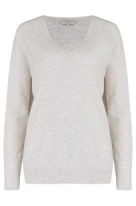 weekend v-neck jumper in h white