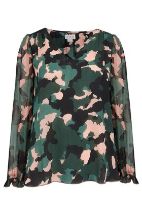 vika blouse in camo