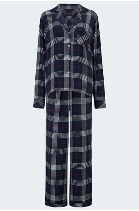 clara pyjama set in black jam