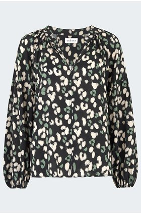 lilian blouse in snow leopard