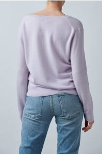 weekend v neck jumper in french lilac