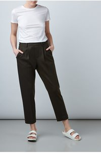 cosy pull-on pant in olive