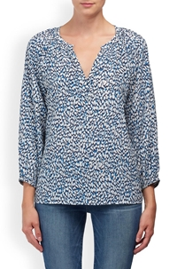 leonie blouse in textured blue animal