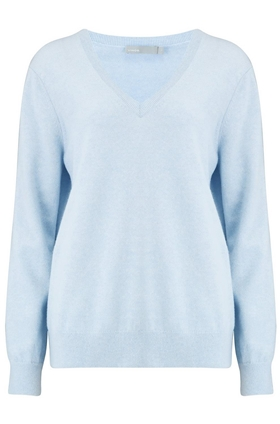 Weekend V Neck Jumper in Heather Glacier