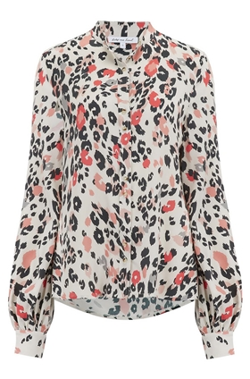 Maddox Blouse in Dancing Leopard