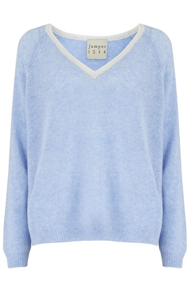 Tipped Loose V Jumper in Baby Blue