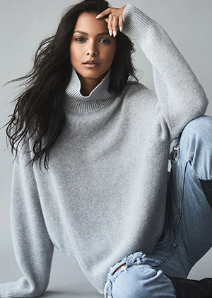 Cosy Elegance in 360 Cashmere